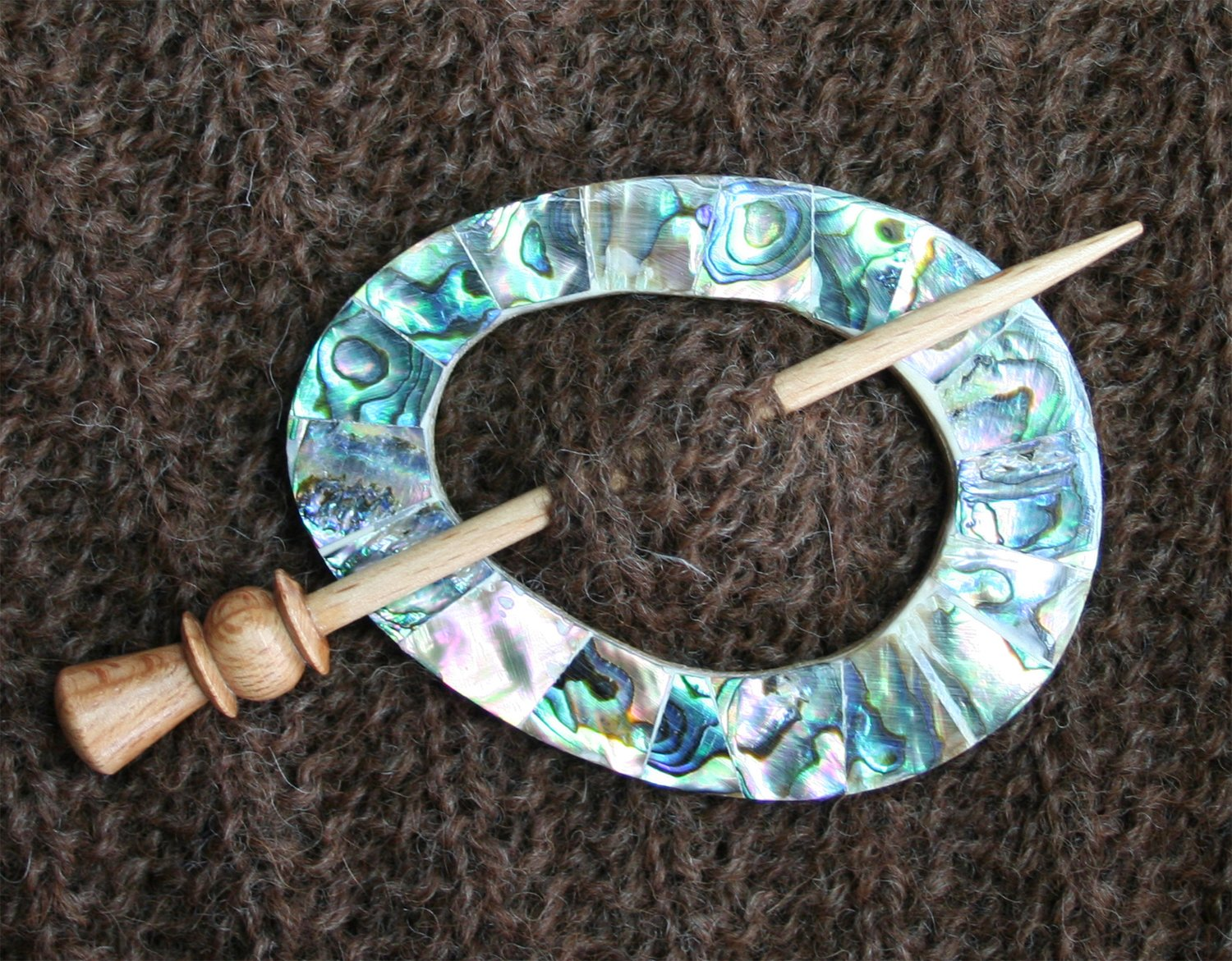 Shawl Pin Coloured Shell Oval